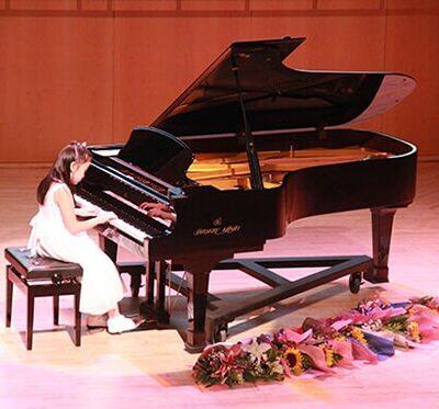 04 Prima Piano